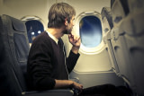 5 Best Earbuds for Airplane Travel – A Greater Flight Experience (2019)