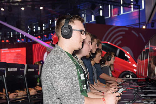 Players with headset and a Xbox