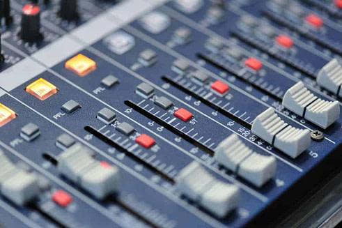 Audio mixer for Surround Sound