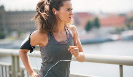 10 Features in an Earbuds for Running That Don't Fall Out