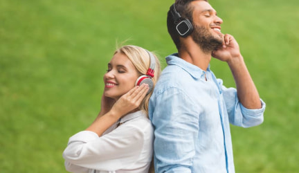 5 of the Best Closed Back Headphones under $200 – A (2019) Buying Guide and Review